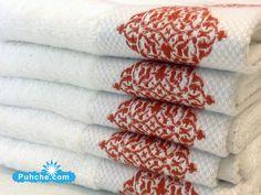Бели Хавлиени кърпи с пухкава релефна бродерия и добър попивателен ефект