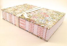 William Morris Sketchbook / Art Journal. por CitrusBookBindery