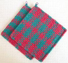 Check out our woven potholders selection for the very best in unique or custom, handmade pieces from our shops. Potholder Loom, Potholder Patterns, Orange And Turquoise, Purple, Pink, Hot Pads, Bright Colors, House Warming, Pot Holders