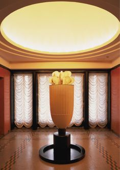 Rooms of the Former Residence of Prince Asaka/Anteroom/ Interior design by Henri Rapin Art Nouveau, Art Deco, Interior Architecture, Interior Design, Z Arts, Room Inspiration, Art Museum, Furniture Design, Perfume