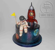 Astronaut - cake by Bářiny dortíky Birthday Cake Kids Boys, 4th Birthday Cakes, Fighter Jet Cake, Science Cake, Rocket Cake, Planet Cake, Astronaut Party, Galaxy Cake, New Cake