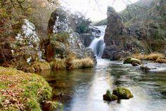 Fervenza de Firveda (Firveda ) A Lama Pontevedra Waterfalls, Rivers, Barns, Places To Go, Nature, Travel, Outdoor, Trekking, Wish