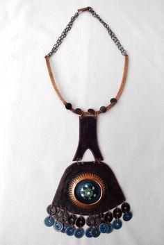 Pirkko Kettunen, bronze necklace with an enamel coating.