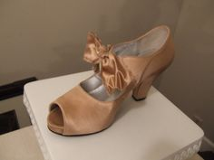 Pink Satin Flapper Shoes by PolkaDot619 on Etsy