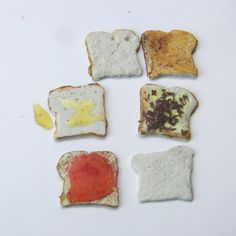 Make Dollhouse Scale Bread and Toast Slices and Toppings from Polymer Clay: Make Slices of Bread and Toast in Dolls House Scales