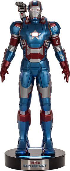 Iron Patriot Life-Size Figure by Beast Kingdom