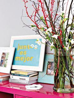 Aprende a hacer estos cuadros con mensajesa personalizados, es facil y hermoso #decora #hogar #cuadros #mensajes http://masquemanualidades.com/un-decorativo-cuadrito-personalizado/