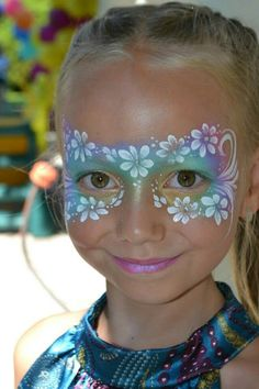 Simple white flowers on multicolor base #facepainting