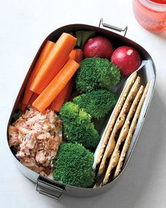 The Best Snacks to Take to Work Chopped Salmon Salad  Use last night's salmon fillets for today's afternoon snack! Serve with whole-grain crackers or your favorite vegetables, such as carrot sticks, radishes, and broccoli florets. Makes 4 servings (salad only, 130 calories each).