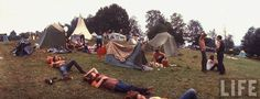 The Woodstock Music And Art Fair 1969 Woodstock, Festival Woodstock, Woodstock Music, Bethel New York, Rock Festivals, Music Festivals, White Lake, Life Magazine, Jimi Hendrix