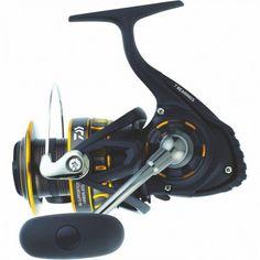 Ένας φανταστικός μηχανισμός ψαρέματος για Spinning, Shore Jigging και Jigging. Με πολύ χαμηλό βάρος, στιβαρή κατασκευή και πολύ προσιτή τιμή είναι σίγουρο πως θα το αποκτήσεις. Surf Fishing, Fishing Life, Best Fishing, Saltwater Fishing, Fly Reels, Spinning Reels, Okuma Reels, Fishing Reels For Sale, Bait Caster