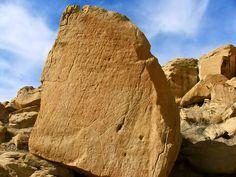 Despierta al futuro: Seres de Horseshoe Canyon -Roca de las Profecías Hopi Sedona Arizona, Like A Rock, Climbing Wall, Bouldering, Aliens, Face, Nature, Google Search, Cliff
