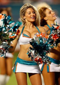 NFL Cheerleaders: Miami Dolphins (AFC East)