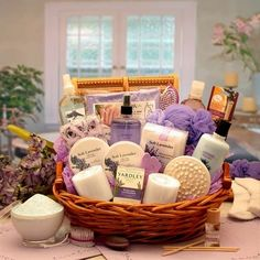 Gift Baskets For Women, Mother's Day Gift Baskets, Wine Baskets, Basket Gift, Basket Raffle, Creative Gift Baskets, Holiday Gift Baskets, Creative Gifts, Spa Basket