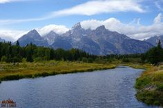 Grand Teton National Park is a hiker's paradise. It has beautiful waterfalls, pristine alpine lakes, and great wildlife viewing. Don't miss this list!
