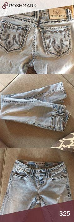 MEK jeans Distressed light wash skinny. Worn twice! Excellent condition!! MEK Jeans Skinny