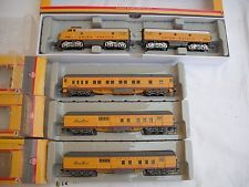 Lot of Athearn Union Pacific UP 2010 Award, Diesel Locomotive Engine, HO Scale