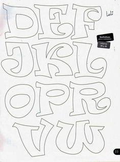 Risultati immagini per letras en goma eva Hand Lettering Fonts, Graffiti Lettering, Lettering Styles, Embroidery Designs, Applique Designs, Bubble Letter Fonts, Doodle Alphabet, Alphabet Stencils, Different Lettering