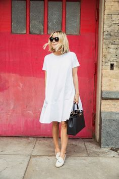 Love flared out dresses. So girly and chic. This white ensemble is perfect for summer.