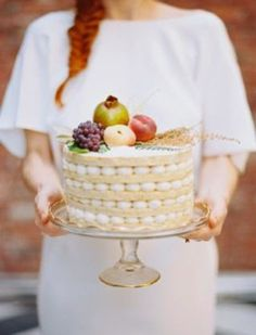 Fly Me to the Moon: Trend Alert: Naked Cakes