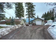 Houses for Sale Kelowna Listings - jennifer-black.com - $459900.00 - 735 Udell Road, 3 Bedrooms / 3 Bathrooms - 1960 Sq Ft - Single Family in Vernon - Contact Jennifer Black Direct: 250.470.0377, Office Phone: 250.717.5000, Toll Free: 1.800.663.5770 - Enjoy the beautiful views over Okanagan Lake from this 3 bedroom home located in Killiney Beach located mid way between Vernon and Kelowna. - http://jennifer-black.com/residential-listings/