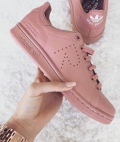 Imagen de adidas, shoes, and pink