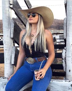 Fashion hats for women Country Girl Outfits, Sexy Cowgirl Outfits, Hot Country Girls, Rodeo Outfits, Cute Outfits, Cow Girl Outfits, Western Outfits Women, Cowboy Boot Outfits, Cowgirl Clothing