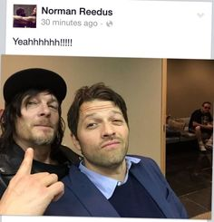 Just the greatest thing ever ! Misha Collins & Norman Reedus - I don't know where to pin this ! - Fangirl - Supernatural - The Walking Dead