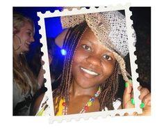 """28 juli 2014 - Marie is No Gamer en geeft voorlichting over meisjesbesnijdenis aan leerlingen in internationale schakelklassen. Ze informeert hen over de kwalijke gevolgen van meisjesbesnijdenis. Deze leerlingen zijn immers de vaders en moeders van de toekomst. Marie: """"Het heeft met onwetendheid en onmacht te maken heeft. Voorlichting is daarom heel belangrijk!"""" (www.kinderpostzegels.nl/elkedag)"""