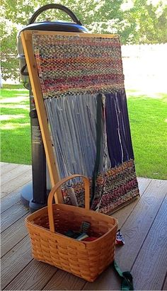 Wyoming Breezes: rug. Several twining rug blog entries
