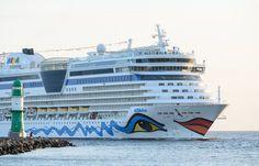 AIDAdiva eröffnete am Donnerstag, 28. April 2016, die Kreuzfahrtsaison in Rostock-Warnemünde. Das 252 Meter lange und 32,2 Meter breite Schiff beendete – aus Göteborg kommend – mit rund 2.300 Gäste…