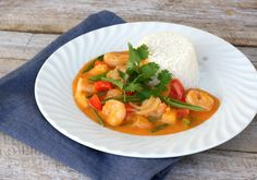 Red curry scampigryte - LINDASTUHAUG Scampi, Frisk, Fish And Seafood, Soups And Stews, Food For Thought, Thai Red Curry, Cravings, Vegetarian Recipes, Food And Drink