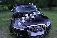Decoration voiture de mariés roses ivoire et le coeur