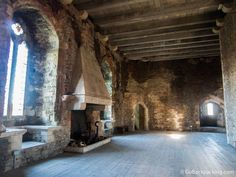 castle fireplaces | Caerphilly Castle: The Largest Castle in Wales