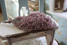 Gedroogde #peperbessen in oud roze kleur | Dried #pepperberries in old pink