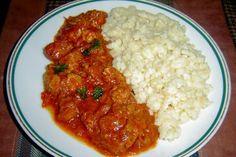 Jak udělat maďarský perkelt z vepřového masa | recept Czech Recipes, Ethnic Recipes, Y Recipe, Food 52, Food Dishes, Stew, Food To Make, Curry, Food And Drink