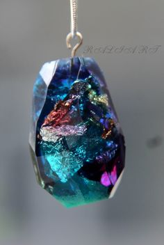 Glowing jewelry, Glowing pendants, Resin pendant, gold flakes, silver flakes, pendant faceted water drop, faceted pendant, colorful pendant by RALIJEWELLERY on Etsy