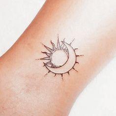 Mini Tattoos, Dainty Tattoos, Little Tattoos, Pretty Tattoos, Body Art Tattoos, Small Tattoos, Sleeve Tattoos, Cool Tattoos, Tatoos