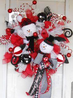 Mesh snowman Christmas wreath, Christmas mesh wreath, Snowman wreath, Christmas wreath, Holiday wreath, Christmas door decor, Raz wreath - pinned by pin4etsy.com
