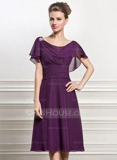 ccdc1137721a A-Linie Princess-Linie Wasserfallausschnitt Knielang Chiffon Kleid für die  Brautmutter mit Perlstickerei Pailletten Gestufte Rüschen (008056825)