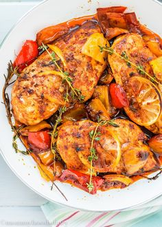 Easy Peri Peri Chicken Breasts – A tasty, quick and easy dinner that only leaves you with ONE pan to wash! http://mommyhoodsdiary.com