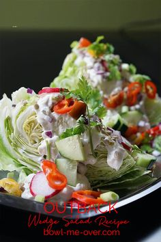 Easy to make, classic and delicious an Outback Wedge Salad is the perfect side for any meal! Creamy blue cheese salad dressing, topped with salty bacon and bright fresh tomatoes. It's a great salad with grilled steak, pork or chicken! Wedge Salad Recipes, Easy Salads, Healthy Salad Recipes, Summer Salads, Asian Salads, Delicious Recipes, Easy Recipes, Coleslaw Recipes, Dishes Recipes