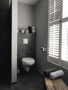 Badkamer....... Landelijk en sober!