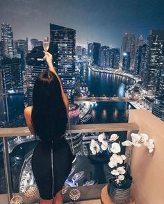 Luxxu - Find the best and most luxury goods inspiration for your next interior design project here. For mor - Boujee Lifestyle, Wealthy Lifestyle, Luxury Lifestyle Fashion, Millionaire Lifestyle, Fille Gangsta, Luxury Girl, Life Of Luxury, Lady Luxury, Luxury Living