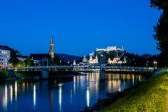 Müllner Bridge, Salzburg (Austria) Müllner Steg, Salzburg (Österreich)  #luminaire #light #Beleuchtung #leuchte