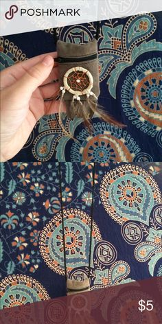 Small dream catcher pouch🌞✌🏼️ Got this cute little dream catcher pouch at a festival a couple years ago, brand new and hasn't really been used for anything but super cute! If you have any questions, just comment:) Bags Mini Bags
