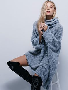 Free People Extreme Cowl at Free People Clothing Boutique// Is it ridculous that I love this...