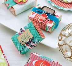 Contemporary Christmas Papercrafts