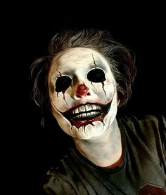 Creepy clown makeup I hate clowns but this could be awesome