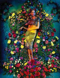 Flourishing Frida - Viva La Vida story starring model Agnes Sokolowska as Frida Kahlo for Amica magazine. I have to admit, I thought I made a killer Frida for Halloween but this shoot absolutely. Frida E Diego, Frida Art, Floral Fashion, Big Fashion, Fashion Art, Ladies Fashion, Trendy Fashion, Fashion Shoot, Fashion Online